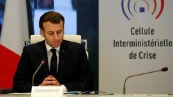 Emmanuel Macron pressé de toutes parts de durcir le