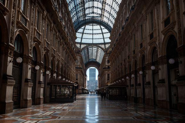 ミラノのショッピング街(3月11日撮影)