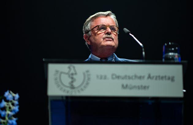 Πρόεδρος της Παγκόσμιας Ιατρικής Ένωσης: Η κρίση θα διαρκέσει έως τέλος του