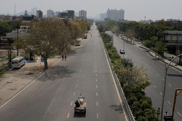 Dans la périphérie de New Delhi, en Inde, le 24 mars