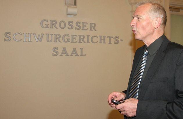 Αυστρία: Παραιτήθηκε τελικά ο βουλευτής ο οποίος συμμετείχε σε «πάρτι