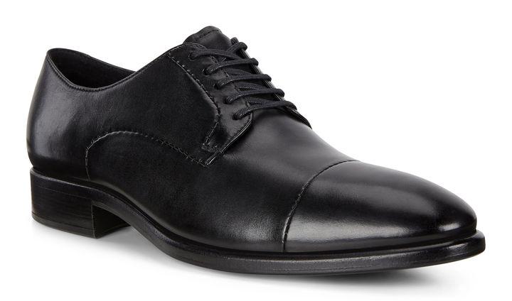 VITRUS est la gamme luxe et confort du fabricant de chaussures ECCO. Chaque modèle contient une membrane de polyuréthane permettant confort et soutien. Leur plus récent modèle cache ladite membrane dans sa semelle. C'est magnifique!