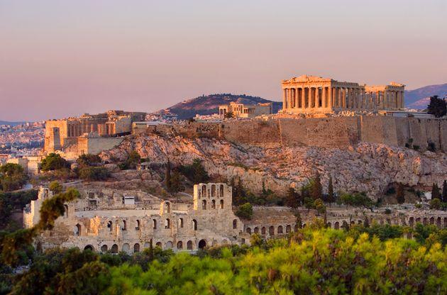 Κι όμως, το 2020 ξεκίνησε εκρηκτικά για τον ελληνικό