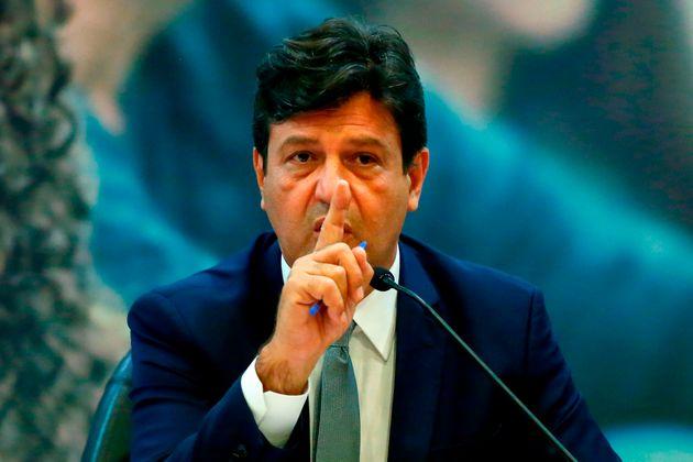 Luiz Henrique Mandetta, ministro da Saúde, em coletiva de imprensa sobre o novo