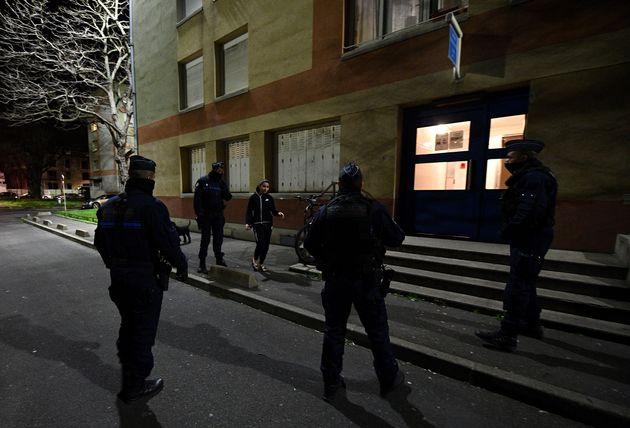 Plusieurs policiers ont été agressés à Beauvais durant un contrôle...