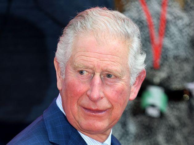Le prince Charles a été testé positif au