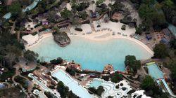 Disney World Appears Empty In Eerie Photos Taken During