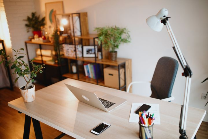 "Plants might help you be&nbsp;<a href=""https://psycnet.apa.org/record/2014-30837-001"" target=""_blank"" rel=""noopener noreferrer"">more productive</a> in your home office."