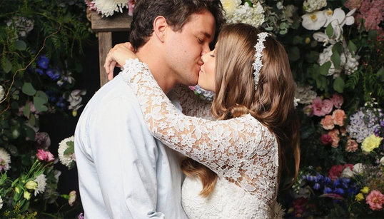 Inside Bindi Irwin's Wedding: Star Says 'Difficult Decision' To Have 'No Guests' Apart From