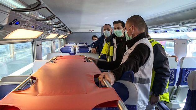 Le TGV médicalisé avec 20 malades du coronavirus à bord est arrivé à