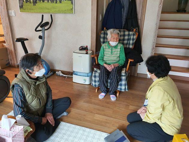 Γυναίκα 96 ετών και άνδρας 100 ανάρρωσαν πλήρως από τον