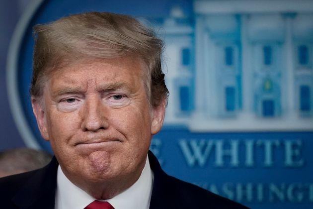 Donald Trump durante una rueda de prensa por el