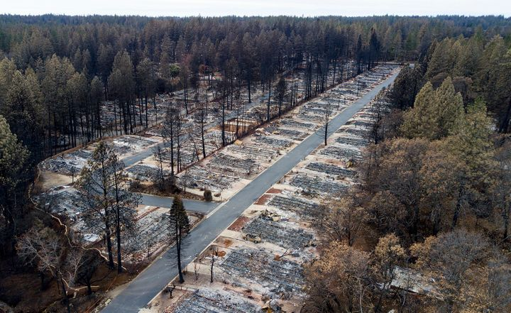 Homes leveled by the Camp Fire line the Ridgewood Mobile Home Park retirement community in Paradise, Calif.Pacific Gas