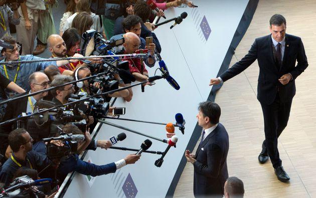 España e Italia bloquean la cumbre y exigen un plan económico más ambicioso contra el