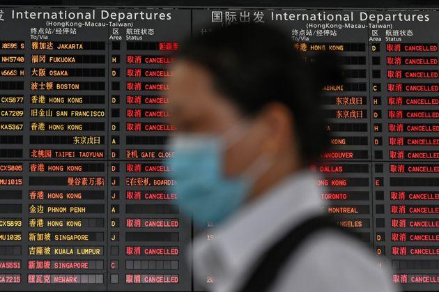 중국 정부가 모든 외국인의 입국을