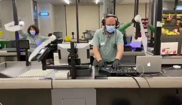 Trabajadores de un Mercadona hacen un vídeo viral sobre el