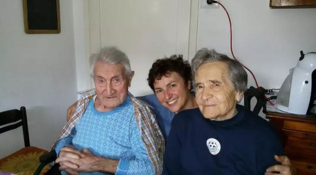 Mi avevate detto che dovevo tornare e io sono tornato  |  a 101 anni sconfigge il virus