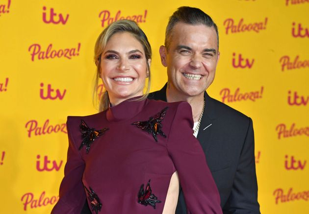 Robbie Williams Reuniting With His Kids After Self-Isolating Is The Pick-Me-Up We All Need