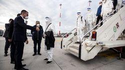 L'Albania ci soccorre, arrivano 30 medici e infermieri.
