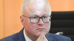 Hallan muerto en las vías del tren al ministro de Finanzas del estado alemán de Hesse, Thomas