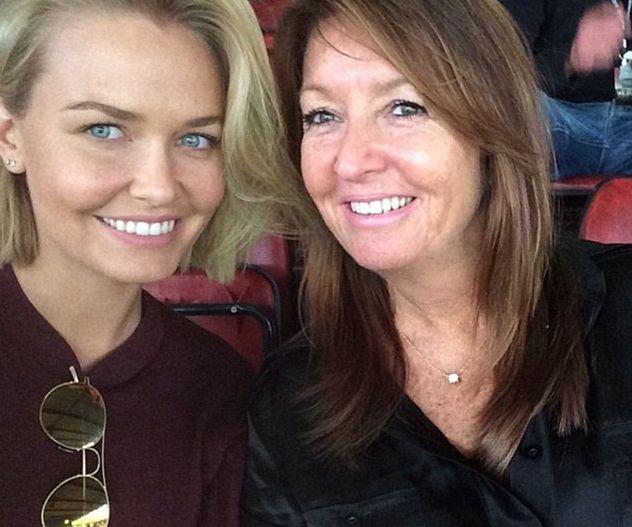 Lara Worthington and mother Sharon Bingle