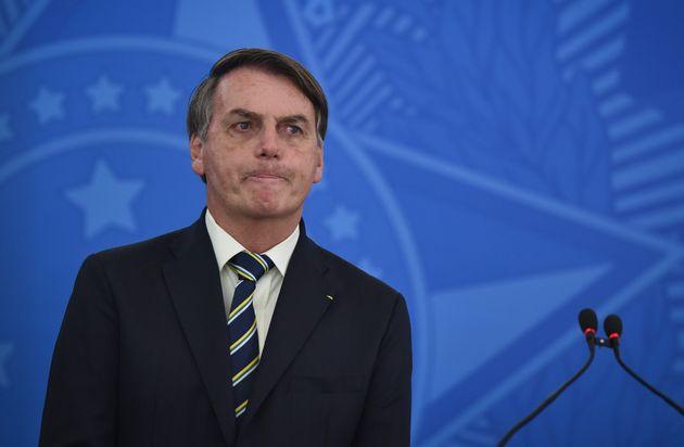 Jair Bolsonarovoit deux de ses tweets anti-confinement supprimés par