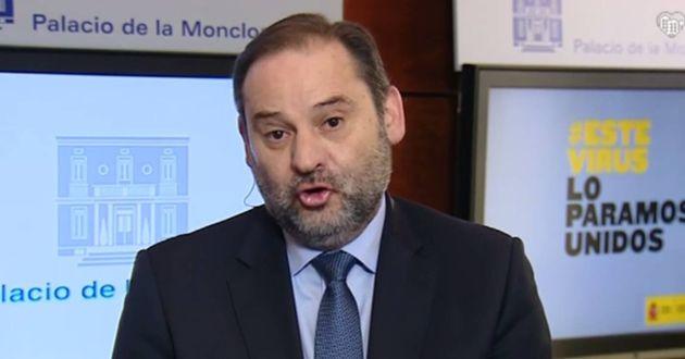 El ministro de transportes, José Luis