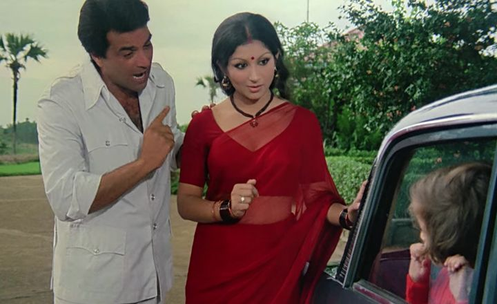 Dharmendra and Sharmila Tagore in 'Chupke Chupke'.