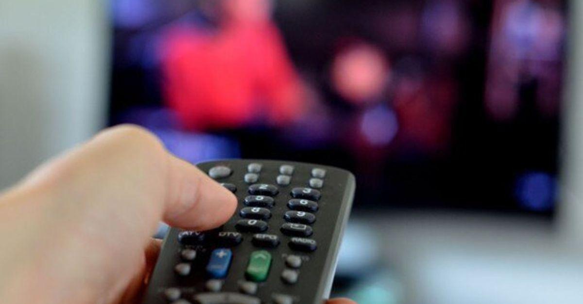 Les Français n'ont jamais autant regardé la télé que depuis le début du confinement