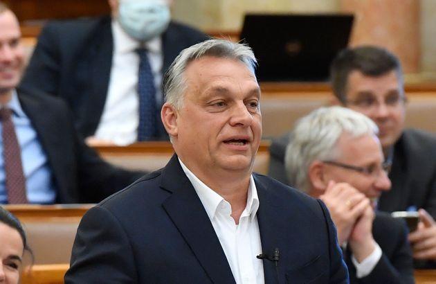 Viktor Orban, ici lors d'une session de questions-réponses au Parlement à Budapest, en...