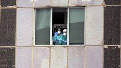 """El testimonio de una enfermera de Madrid: """"Entre nosotros la duda no es si nos contagiaremos, sino cuándo lo"""