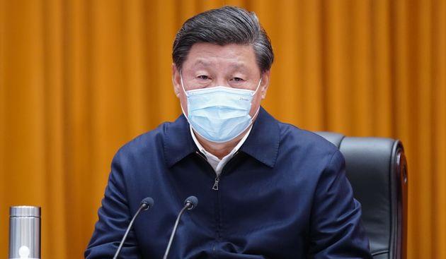Le président chinois Xi Jinping a fait une visite surprise dans la ville épicentre de l'épidémie...