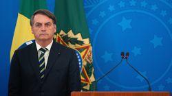 Facebook deleta post de Bolsonaro por poder 'causar danos reais às