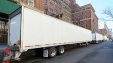 FEMA Senden Kühl-LKWs Nach New York City Für Körper Coronavirus Opfer