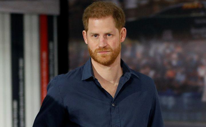 Le prince Harry, ici le 6 mars 2020, va désormais devoir utiliser un nom de famille