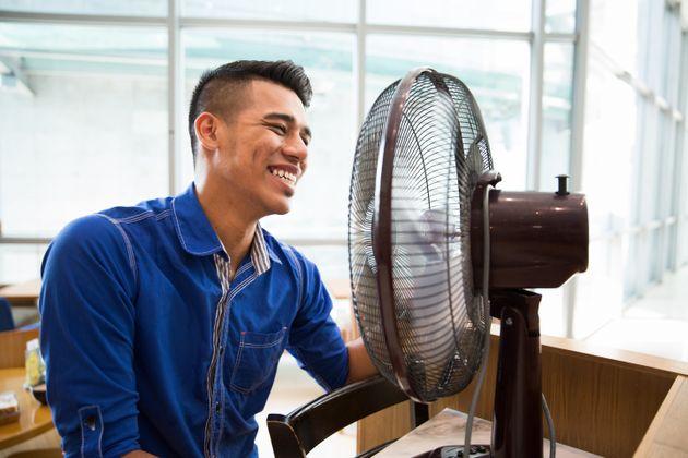 マンダム冷感研究員に聞く!真夏でも涼しく過ごすクールハック