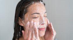 Πόσο συχνά πρέπει να καθαρίζουμε το πρόσωπό