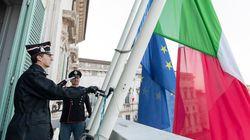 Quirinale a lutto: bandiere a mezz'asta in ricordo delle vittime del