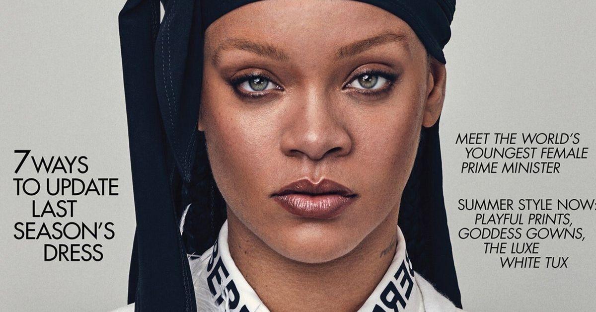"""Ce foulard que porte Rihanna en couverture de """"Vogue"""" est tout sauf anodin"""