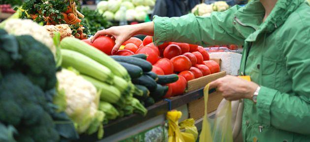 Le prix de certaines denrées est déjà affecté, comme celui des fruits et...