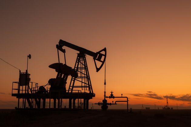 Άνοδος των τιμών του πετρελαίου μετά από χαμηλά