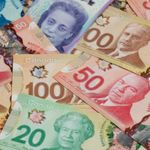 Canadians Washing Their Cash Is The New Weird COVID-19