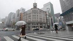 日本型「自粛せよ。しかし金は出さない」で人の命は守れるか。新型コロナ、2つのリスクに同時に対処すべき理由