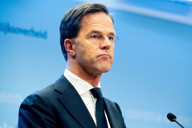 Paesi Bassi: Wopke Hoekstra si pente (un po'). Il Premier Ru