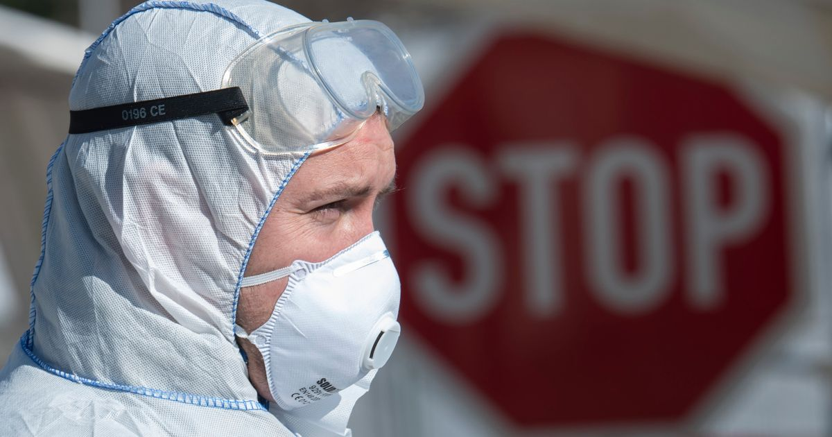 Coronavirus UK Death Toll Rises By 563 To 2,352 – An Increase Of 31%