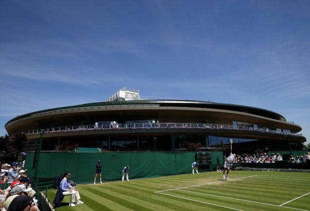 Le tournoi de tennis de Wimbledon annulé à cause du