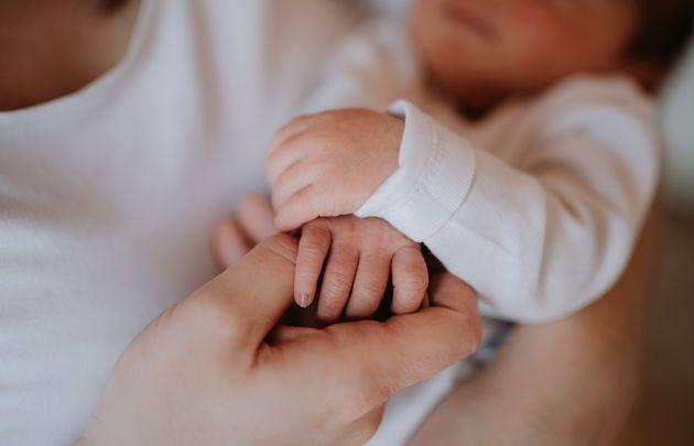 乳児のイメージ写真