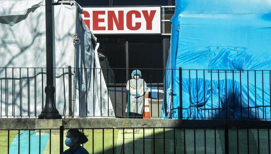 EN DIRECT - Plus de 5000 morts et plus de 215.000 personnes contaminées aux