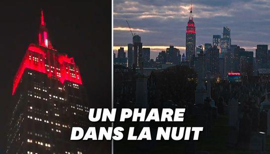 L'Empire State Building transformé en gyrophare géant en hommage aux