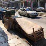 Εκκληση του Δήμου Θεσσαλονίκης: Μην πετάτε καναπέδες και χριστουγεννιάτικα δένδρα στους